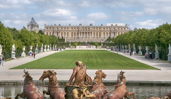 Gaily Tours & Excursions in France: Versailles