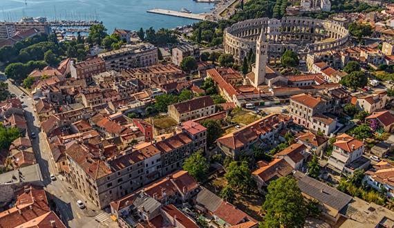 Gaily Tours & Excursions in Croatia: Pula