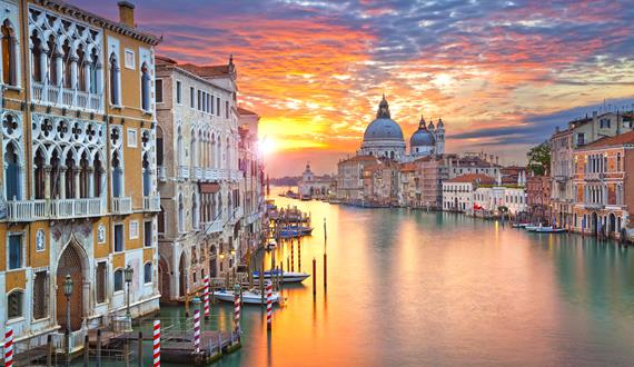 13.02.21 – 15.02.21 • Valentine's Day in Venice